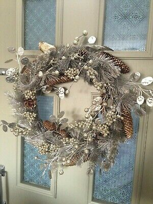 Large 48cm John Lewis Winter Palace Champagne/silver door Wreath