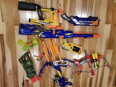 HUGE Nerf Toy gun and Cross Bow Lot with ammo