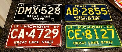 VTG Michigan License plates 1965, 1968, 1969 and 1979 Lot used  VGC COLLECTIBLE!