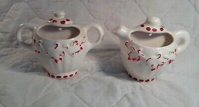Lot of 2 Cute Vintage Teapot Shaped Ceramic Wall Pockets- White, Red