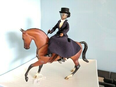 Breyer vintage horse Flim Flam 2003-2004 with saddle and rider