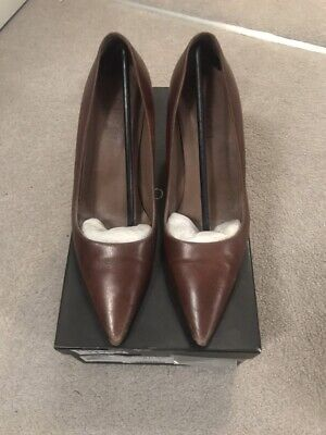 91727b9a665 ... Brown Suede Horsebit Loafers UK 6 US 8 EU 39 Ladies. £113.98 Buy It Now  15d 13h. See Details. Gucci Tan Court Shoes Size 37.5