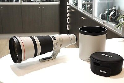 Canon 600mm f4 L IS II in Very Good Condition With Complete Lens Case