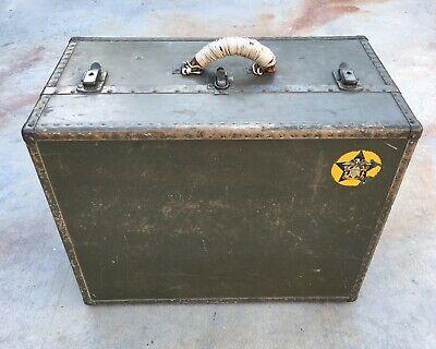 WWII US Navy Seapack Trunk Chest 1943 With Hangers
