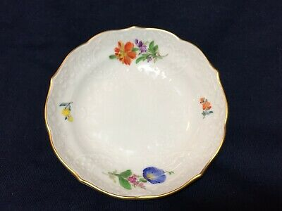 "Vintage Or Antique Meissen Hand Painted 4 1/2"" Demitasse Saucer Only NR"