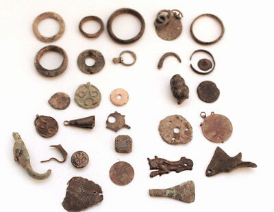 Lot of 30metal ancient rings, figures, Roman, Byzantine.early islamic period
