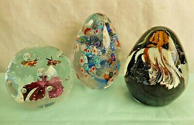 Lot 3 Vintage Art Glass Paperweights Bumble Bees Spider Floral Vintage Heavy