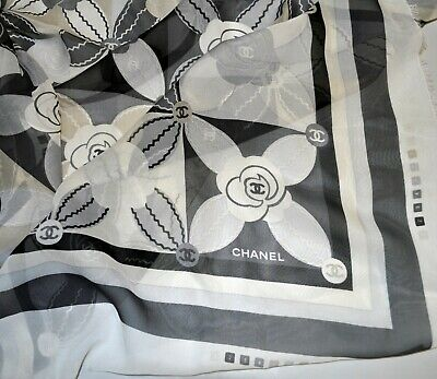 CHANEL authentic pure mulberry silk chiffon FABRIC. 90 x 90 cm. French designer.
