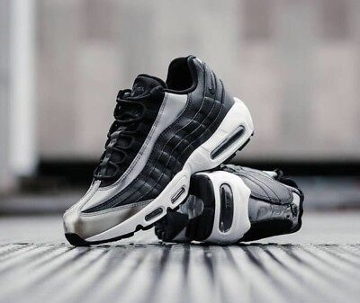 Nike WMNS Air Max 95 SE BlackAnthracite White 918413 001