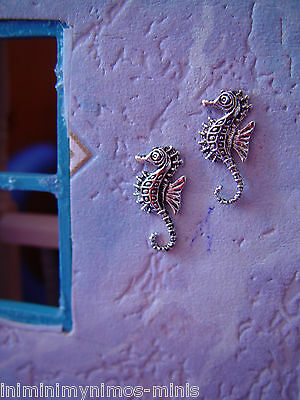 DOLL HOUSE 12th SCALE PAIR OF SEAHORSE WALL PLAQUES (CHOOSE FROM 2 STYLES) !!