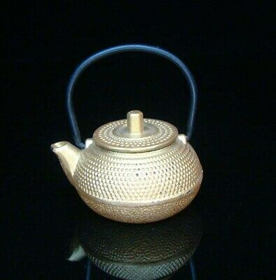 Collectible Handmade Carving Statue Teapot Copper Japanese gold Deco Art