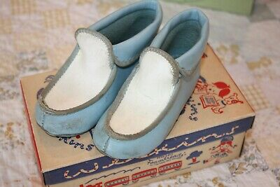 Vintage Child's Shoes Slippers with Shoe Box Welkins