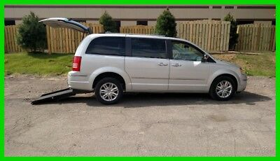 2010 Chrysler Town & Country Limited 2010 Limited Used 4L V6 24V Automatic FWD Minivan/Van