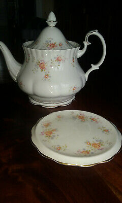 Royal Albert `Peach Rose' Bone China teapot and stand. Excellent condition.