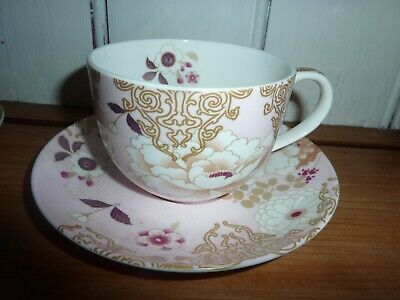 Tea cup and saucer fine Bell china made in England 436