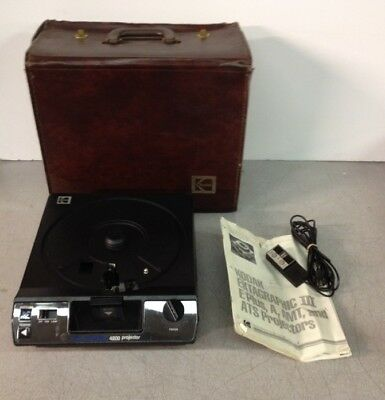 Kodak Carousel 4200 Slide Projector With Case No Carousel