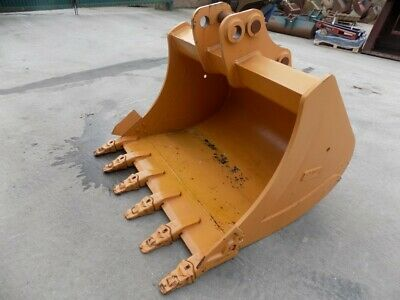 Unused 60 Inch Case/Miller Bucket On 70 Mm Pins With Teeth / Free Uk Delivery