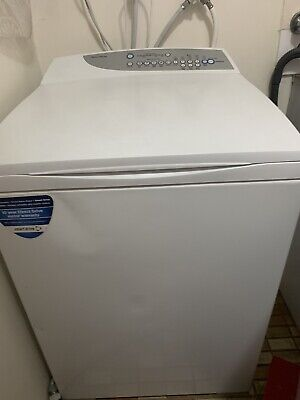 Fisher Paykell Washing Machine - 7.5Kg top load