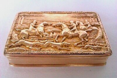 Extremely Rare 18ct Gold High Relief George III Hunting Scene Snuff Box c1806