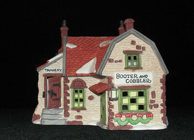 Dept 56 Dickens Village Booter & Cobbler w/ Light 1988 5924-2