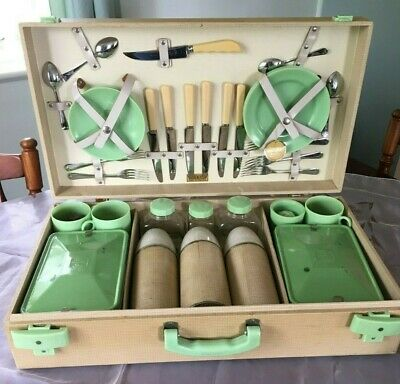 Vintage Rare 6 Setting Brexton Picnic Set Eng. Car Club Caravan Display