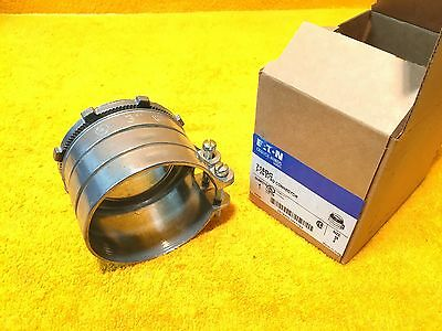 """New Eaton Crouse Hinds 3"""" Greenfield Straight Squeeze Flex Connector"""