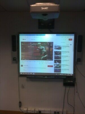 Smart Board SB680/ Smart Projector UF55 System