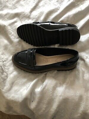 c7199b905fa CLARKS GRIFFIN MILLY Black Patent Leather Loafer UK Size 5.5 Wide ...