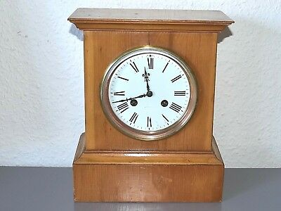 RICHARD & Cie PARIS Antique mantle clock. Made in France. Running, serviced.