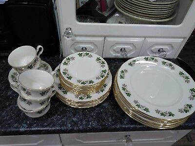 Gainsborough Bone China Tea set with leaf pattern replacements