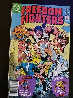 Freedom Fighters #11 NM 9.4 💎 Origin of The Ray! Key Buckler DC CGC CBCS PGX