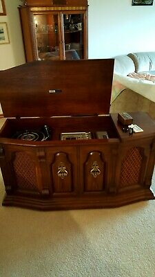 Vintage 1970s Zenith Allegro Stereo Console Phonograph 8