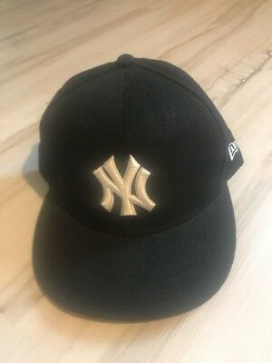 6f4b4acb0c531 Vintage MLB New York Yankees 59 50 Fitted Ball Cap New Era Authentic Size 7