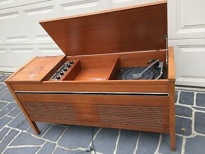 """PRECEDENT"" - Record Player & Radiogram - Solid Cabinet - Radio Working"
