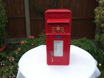 """Post Office """"Royal Mail"""" Genuine, ER cast iron Front, GPO Post Box."""