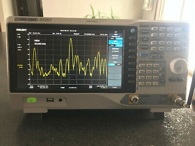 Siglent SSA3021X Unlocked to SSA3032X w/ all options! EMI TRACKING 9kHz-3.2gHz!