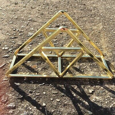 "GEOMETRIC TRIANGLE ""Gold"" Quality Freestanding Decorative Metal Napkin Holder"