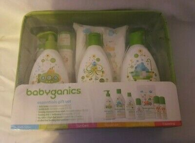 Babyganics Essentials 7 Piece Gift Set - New