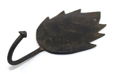 Vintage Indian Handcrafted Leaf Shape Rank Mount Hanger Key Holder. i75-147 AU