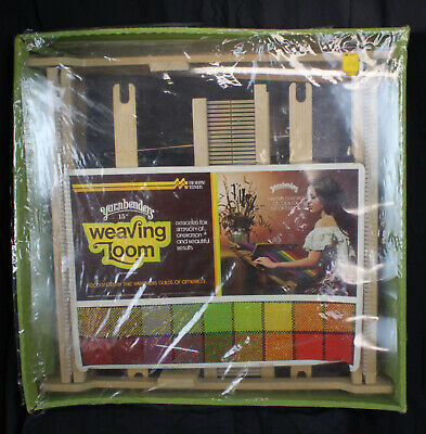 Vtg Yarnbenders Weaving Loom 15 Inch with Instructions Unopened Portable In Box