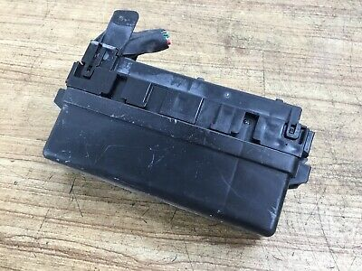 06-10 infiniti m35 awd under hood front right fuse box oem used oem rh
