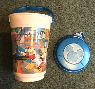 Retro vintage Walt Disney World popcorn bucket with lid - great collectable!