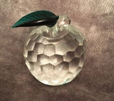 Apple Shaped Paperweight With Green Leaf Faceted Glass Crystal Approx 4cm