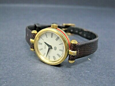e471b8a1d27 VINTAGE GUCCI SWISS Made Luxury Women s Watch Leather Band -  70.00 ...