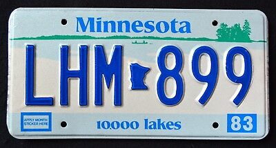 "MINNESOTA "" 10.000 LAKES LHM 889 "" 1983 MN Vintage Classic Graphic License Plate"