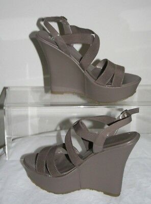 8418b8e12aa NIB CHARLES DAVID Jordan Patent Leather Wedge Platform Sandal 10 ...