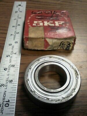 SKF 6207//C3 DEEP GROOVE BALL BEARING NEW CONDITION IN BOX
