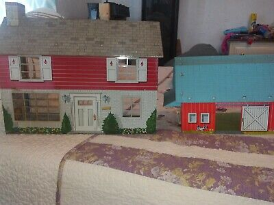 Vintage Tin Toy House And Barn Set