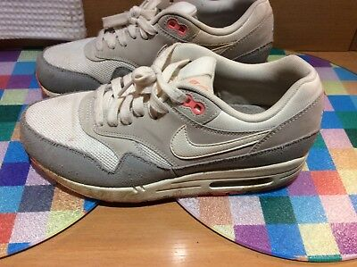 6aa49a03c8 NIKE AIR RIFTS / Rift Trainers Size Uk 3.5 Older Girls And Women's ...