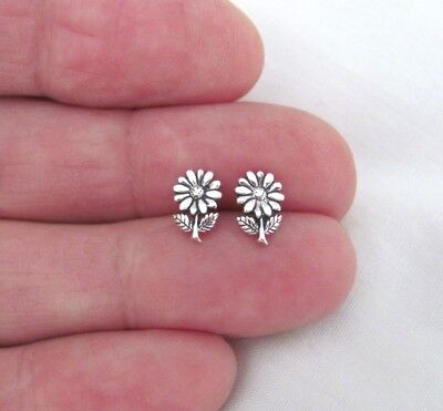 Sterling Silver 9mm flower with Hypo-Allergenic Post stud earrings.